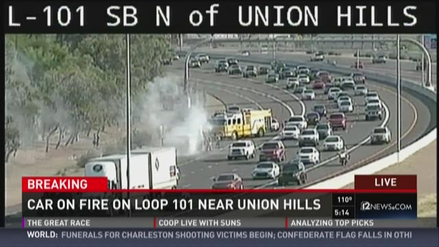 Car on fire on Loop 101